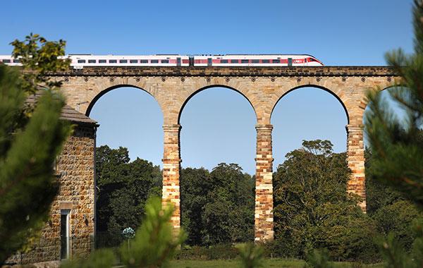 LNER-Azuma-Harrogate.jpg