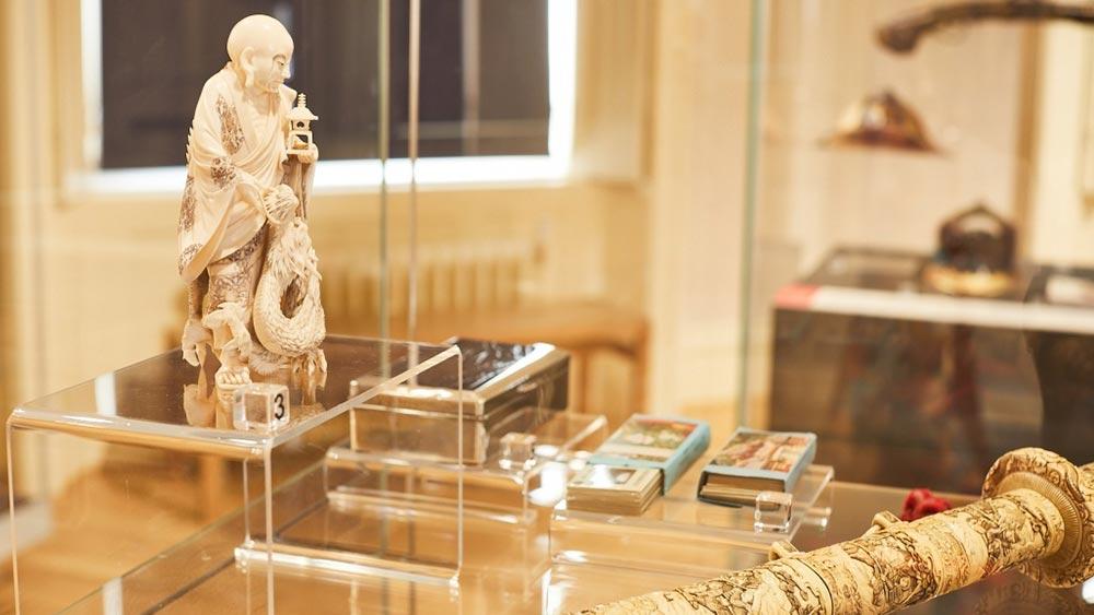 Leeds-museums-and-art-galleries.jpg