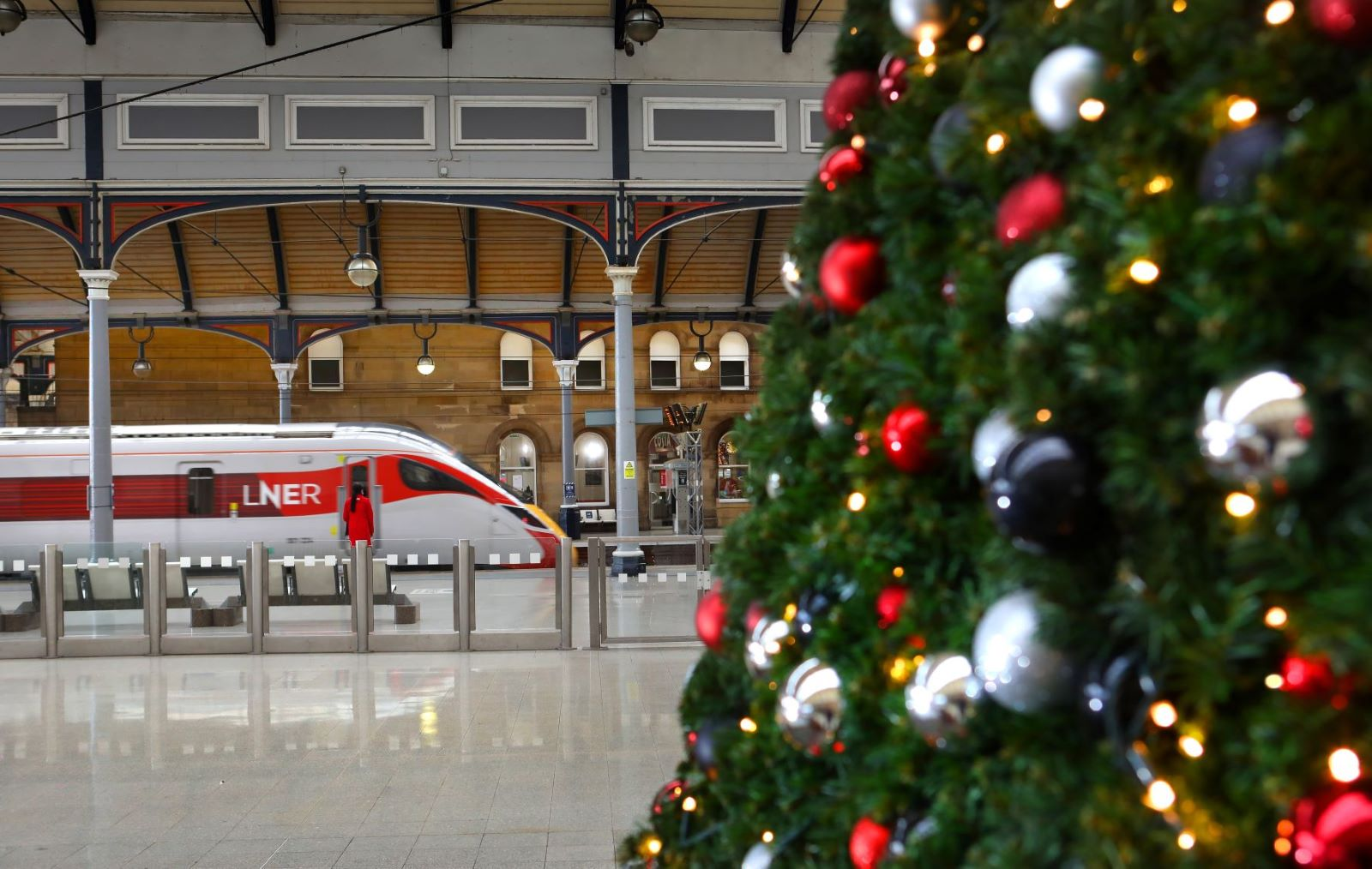 LNER Urges Customers To Book Early This Christmas