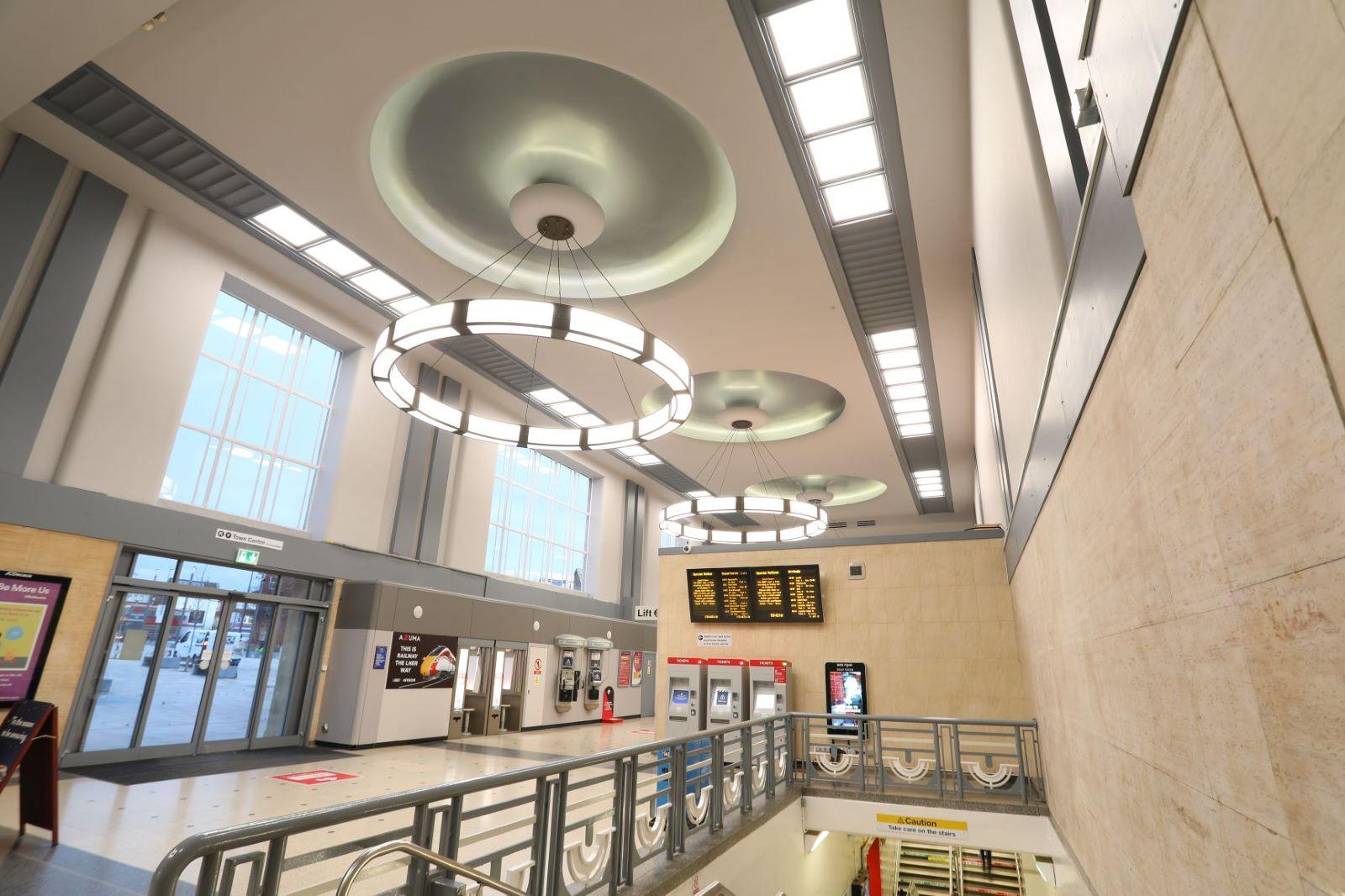 Doncaster Station concourse_LNER.JPG