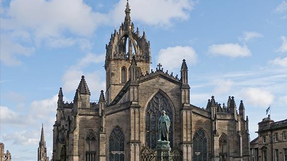 St-Giles-Cathedral-Edinburgh-Spotlight.jpg