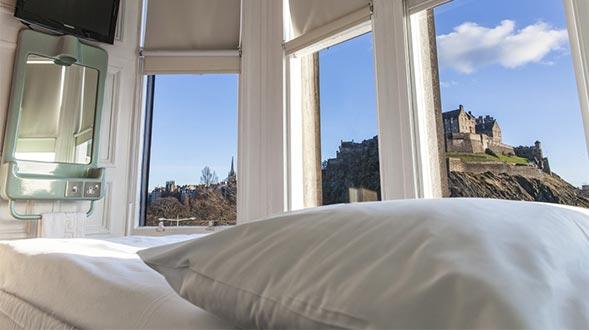 Arthur's-Seat-Edinburgh-Spotlight.jpg