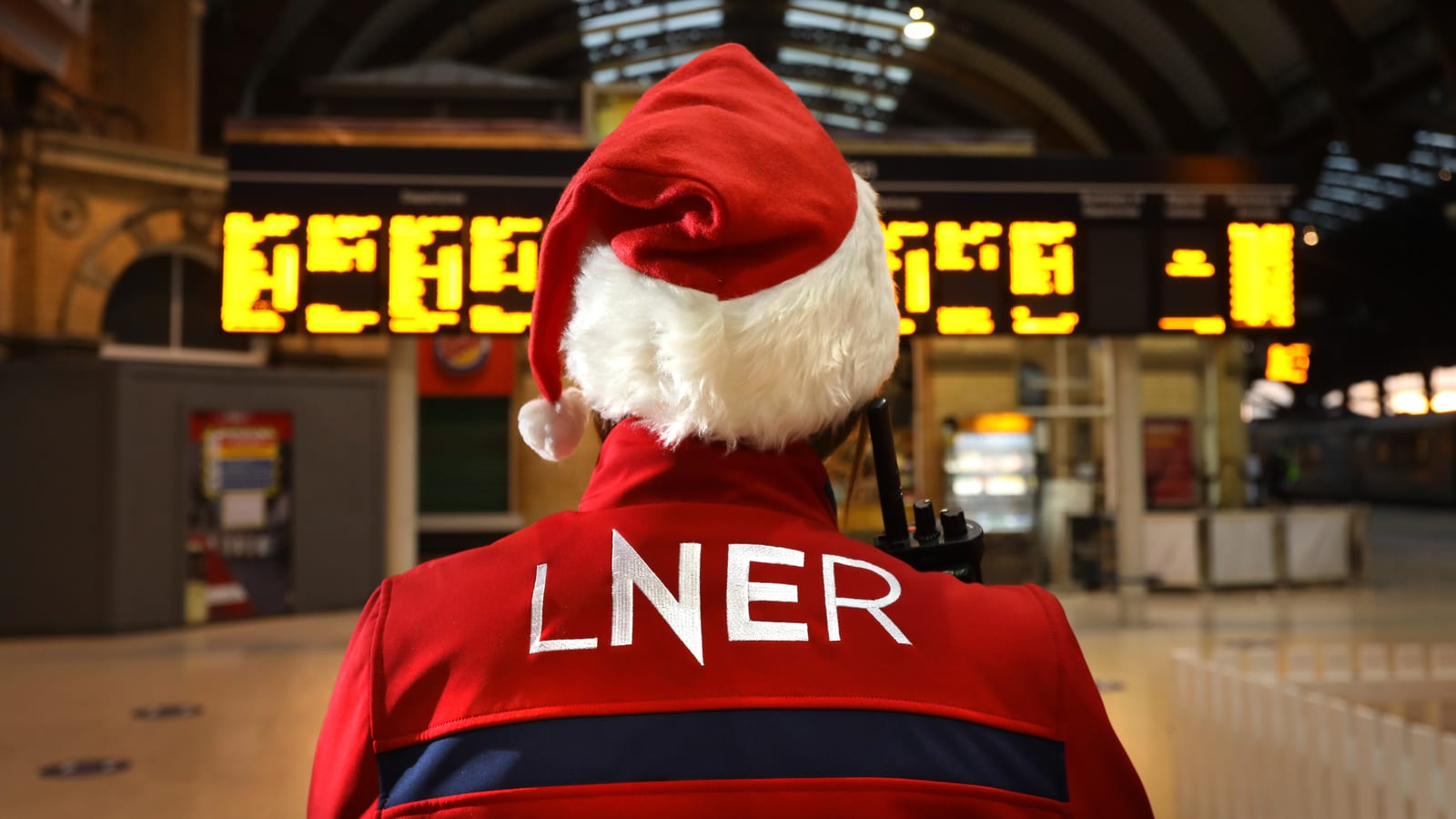 Recovery on track as Brits plan a 'double bash' this festive season
